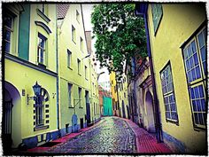 Riga, Latvia. The secret 7 alternative European cities to visit on a budget. photo by www.globalgrasshopper.com