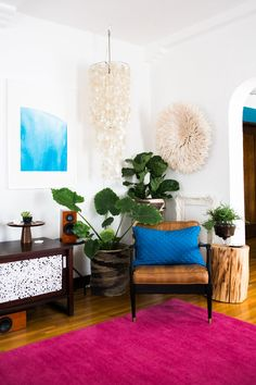 Juju Hat wall hanging... An HGTV Design Star's Happy Chic Home — Apartment Therapy + Aphrochic Remix…