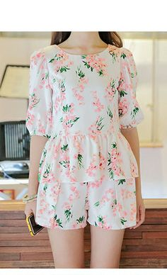 Floral print round neck puff sleeve shirt and short #women #fashion