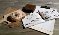 Breaktime at work #breaktime #spring #accessories #Inspiration #daily #ootd #instagood #photooftheday #vsco #beauty #donuts #Leder #Leather #schmuck #mode #jewellery #Art #jewelry #Design #geldbörse #wallet #work #cowstyleday2day