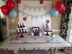 Winter ONEderland Birthday Table