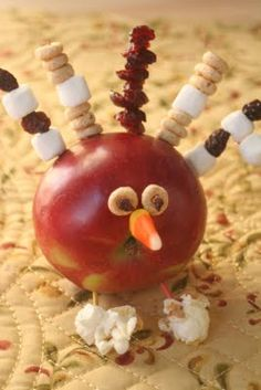 Turkey Day! Apple Turkeys