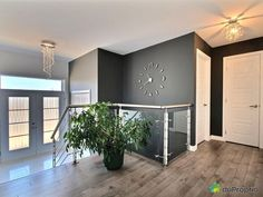 Modern turnkey house built in 2013 and renovated in 2017 (hardwood floor, floating wood floor, decor House Built, Basement Remodeling, Wooden Flooring, Modern House Design, Home Art, New Homes, 2013, Grand Hall, Home Decor