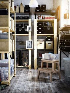excellent storage room. I would like my storage room to look like this.