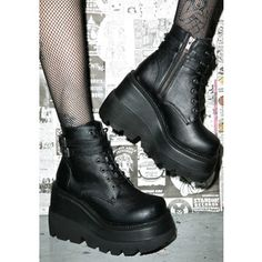 Demonia Shaker boots. Comfy and cool!