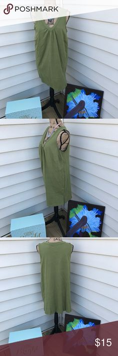 Olive Green Tunic Olive Green Tunic from Women Within. It is a nice heavyweight tshirt with great structure. The colors from this company are amazing! Stretchy tshirt labeled size Medium but will fit a size 14-16 loosely or a fitted 18. Longer length. Only worn once! Woman Within Tops Tunics