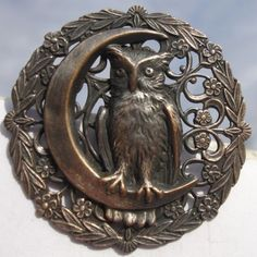 """RARE!~""""OWL ON CRESCENT MOON""""OPENWORK~1940 PEWTER~VINTAGE ANTIQUE PICTURE BUTTON"""