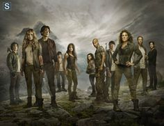 Cast of the 100(left to right) Fynn(Thomas McDonnel), Clarke(Eliza Taylor),Bellamy Blake(Bob Morley),Jasper (Devon Bostick), Octavia (Marie Avgerpoulos), Raven (Lyndsey Morgan), Lincoln(Ricky Whitte), Monte (Christopher Larkin), Abby (Paige Turco), Jaha(Isaiah Washington), and Kane(Henry Ian Cusick.
