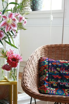 Pretty home Wicker, Inspiration, Sweet Home, Pretty House, Interior, Bamboo Canes, Home Decor, Color, Wicker Laundry Basket