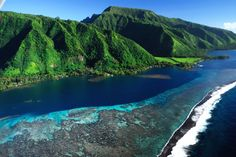 Tahiti images - Pictures of French Polynesia - Tahiti Tourisme Tahiti Resorts, Tahiti Nui, Papeete Tahiti, Moorea Tahiti, Pearl Beach, Places Around The World, Travel Around The World, Around The Worlds, Paradise Island