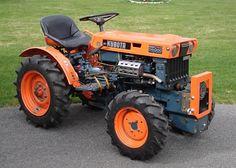 Kubota B6000 - Google Search Sub Compact Tractors, Small Tractors, Old Tractors, Lawn Tractors, Homemade Tractor, Lawn Mower Repair, Tractor Accessories, Kubota Tractors, Tractor Mower