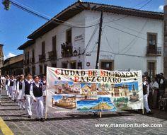 Desfile conmemorativo por el 479 Aniversario de Pátzcuaro como Ciudad de Michoacán