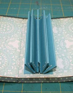 "♥ I have tried this binding. It works really well when you do not want your ""pages"" permanently affixed in your book. ♥"
