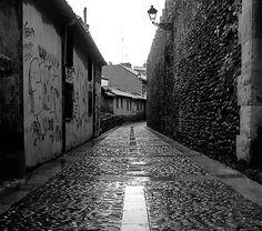 Patrimonio autoriza obras de consolidación de la Muralla medieval de León en la Plaza del Caño de Santa Ana | SoyRural.es