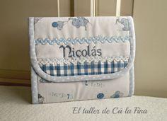 Carpeta portadocumentos de bebé personalizada para Nicolás #bebes #canastillas