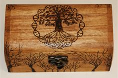 Tree of Life Trinket Box, Pyrography, Wood burning. £25,00, via Etsy.