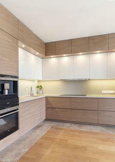 Simple Kitchen Design, Kitchen Room Design, Contemporary Kitchen Design, Kitchen Cabinet Design, Home Decor Kitchen, Interior Design Kitchen, Modern Kitchen Cabinets, Small Modern Kitchens, Modern Kitchen Interiors