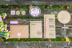 Diese Kollektion ist etwas für Brautpaare, die ihre Hochzeit im Garten, Natur oder Scheune planen. Das komplette Set aus Kraftpapier...  Lesen Sie weiter