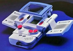 """""""1994年のファミ通に掲載された、あらゆる周辺機器を装着したゲームボーイ本体が科学兵器にしか見えない。 フルアーマー・ゲームボーイ"""""""