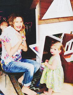 preciousbabys:  Drew Barrymore with two cute daughters Olive & Frankie.