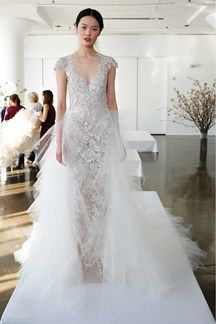 Elizabeth Kennedy M O Exclusive Sweetheart Foliage Gown