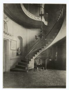 Stairhall, John Wickham House [The Valentine Museum], Richmond, Virginia, 1812. Photo.: Robert A. Lancaster.