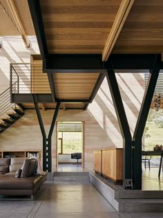 Spring Ranch in Hollister - e-architect