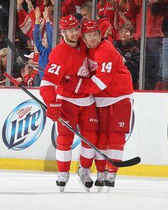 Tomas Tatar and Gustav Nyquist Hockey Teams, Hockey Players, Ice Hockey, Nhl, Hockey Highlights, Detroit Vs Everybody, Red Wings Hockey, Detroit Sports, Detroit Pistons