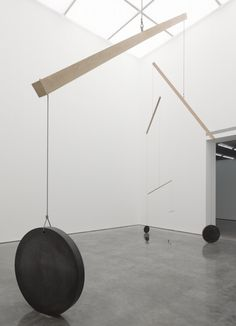 Marcius Galan Inside the White Cube North Galleries and 9 x 9 x 9 White Cube Bermondsey London 17 July - 29 September 2013 (low res) 7 Mobile Sculpture, Sculpture Art, Contemporary Sculpture, Contemporary Art, Instalation Art, Gagosian Gallery, Beautiful Houses Interior, Public Art, Modern Art