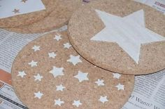 Paint DIY cork coasters Source by Christmas Mood, Kids Christmas, Diy 2019, Diy Crafts To Do, Cork Fabric, Diy Coasters, Presents For Kids, Homemade Christmas Gifts, Homemade Gifts