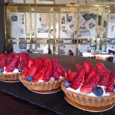 """""""Tarte with fresh strawberry and blueberry from our pastry chef Moris. Pastry Chef, Blueberry, Strawberry, Fresh, Twitter, Food, Artists, Berry, Essen"""