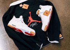 0080cc7fcf8 Levi s Dresses the Air Jordan 4 Retro in Washed Black   White Denim - EU  Kicks  Sneaker Magazine