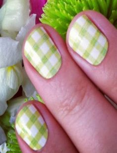 Green gingham nails