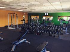 Votre salle poids libres pour vous entraînez comme vous le souhaitez #musculation #fitness #sport #myamigym #poidslibres via My Ami Gym