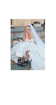 Shoe Clips Peacock Fan. Bride Bridal Bridesmaids by sofisticata, Custom made colors. http://sofisticata.etsy.com