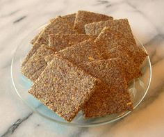 Rara Bakes: A Recipe Blog: Simple Flaxseed Crackers Low Calorie Recipes, Paleo Recipes, Baking Recipes, Health Recipes, Flax Seed Crackers, Feel Good Food, Dehydrated Food, Lunch To Go, Low Carb Bread