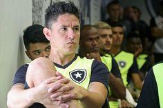 BotafogoDePrimeira: Fora contra o Estudiantes, Canales se irrita e enc...