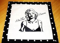 Kissenbezug, Mariliy Monroe Stickerei (selbst digitalisiert und gestickt)  Baumwollstoff Tupfen Schwarz/ Weiß,  Hotelverschluss