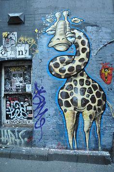 Giraffe graffiti