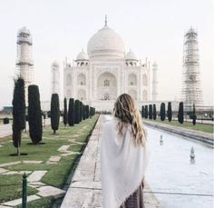 A m india taj mahal, adventure photos, nature adventure, adven Oh The Places You'll Go, Places To Travel, Travel Destinations, Taj Mahal India, Photo Voyage, Travel Goals, Travel Tips, Travel Chic, Travel Advice