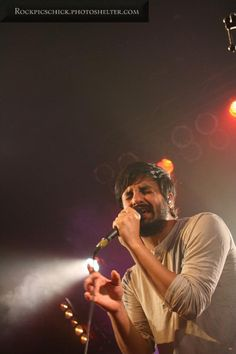 Young the Giant, March 2012