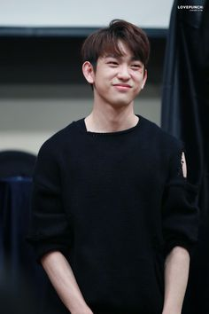 Your #1 daily source for all GOT7! | ©  LOVEPUNCH  | Do not edit.