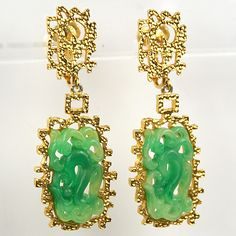 Vendome Gold and 'Ming Style' Jade Pendant Clip Earrings /gold plated base metal, faux jade / Marked: Vendome, C / Mark dates this to after 1955 - 1960s /165
