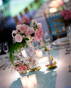 Center piece thought    http://www.elizabethannedesigns.com/blog/2010/09/13/elegant-philadelphia-wedding-marie-antoinette-inspired/