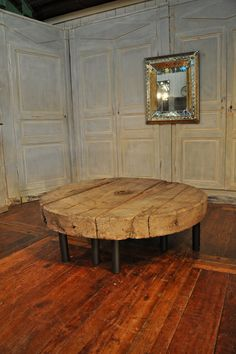 large primitive coffee table Espace Nord Ouest