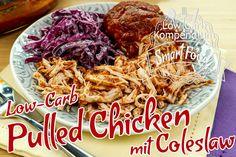 Low-Carb Pulled Chicken mit Coleslaw - Diese würzig-zarte Hähnchenbrust mit dem roten Krautsalat wird dich begeistern. So lecker & einfach geht Low-Carb