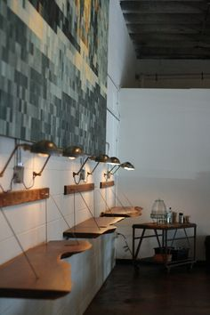Barista Parlor, Nashville - suspended standing - height table surface