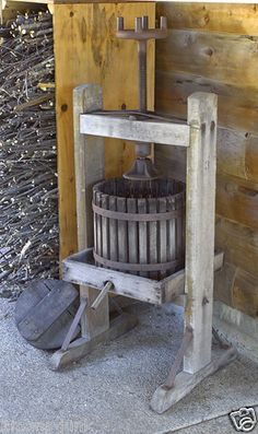 Antique American Toy and Novelty Works York PA Apple Cider Press Wine Fruit ACME
