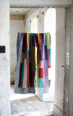 stunning quilt + an amazing door way