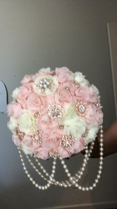 Bridal Bouquet Pink, Sweet 15, Brooch Bouquets, Wedding Flowers, Party Ideas, Deco, Gold, Valentines Day Weddings, Wedding Accessories